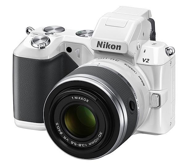 Nikon 1 V2: micul gigant la Drumul Crucii
