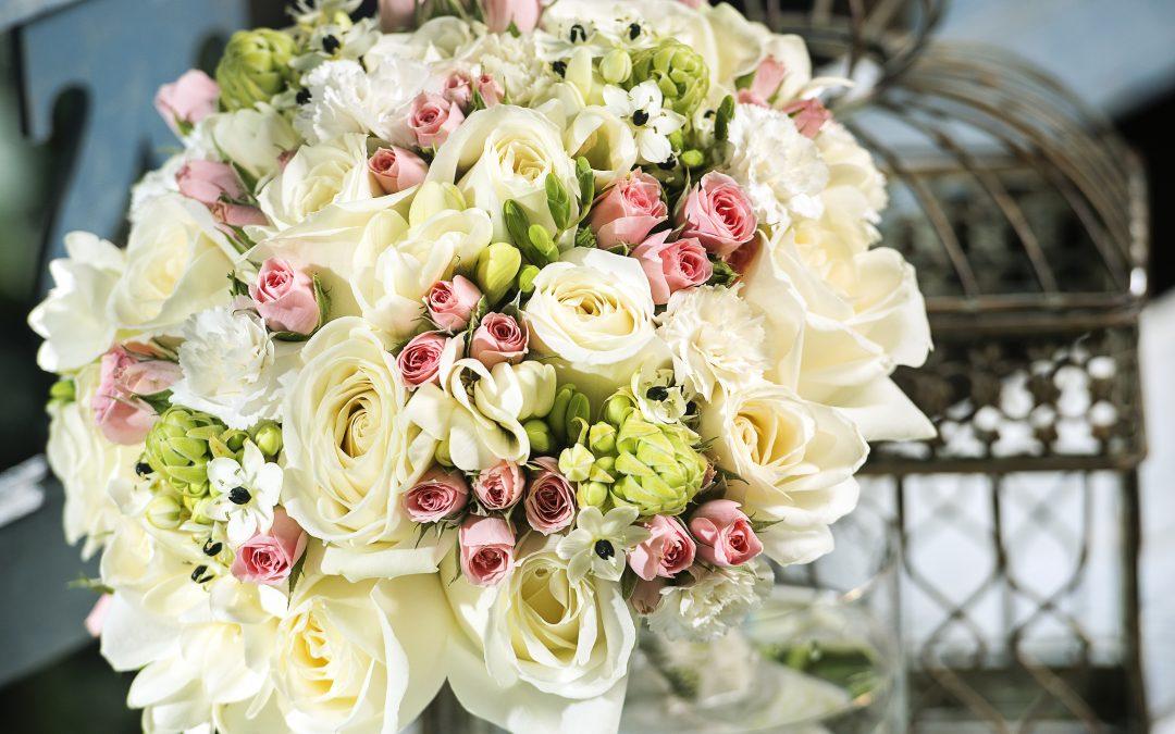 Cum fotografiezi un buchet de flori la o nuntă
