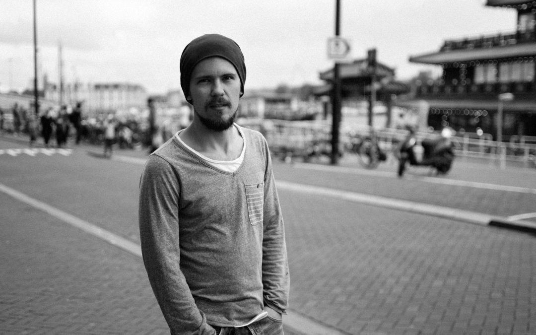 Interviu cu Radu Carnaru